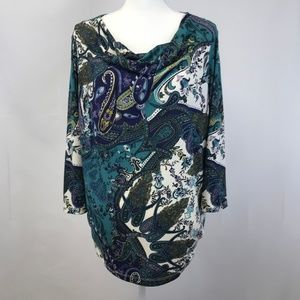 WOMEN'S CHICO'S BLUE PATERN SIZE 3 BLOUSE